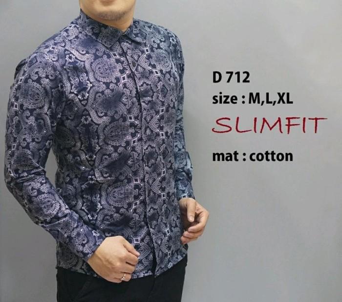 78 Model Baju Batik Pria Masa Kini Terlihat Keren