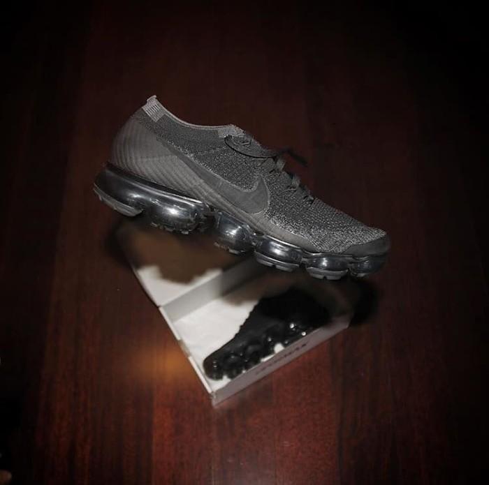 low priced 951f9 d008e Jual Nike Vapormax Flyknit Triple Black 2.0 Original - Kota Bekasi -  modeworldd | Tokopedia