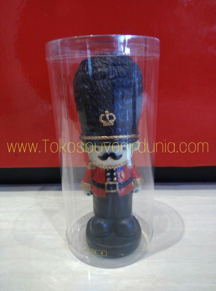harga Miniatur tentara london inggris l pajangan rumah l travel souvenirs Tokopedia.com