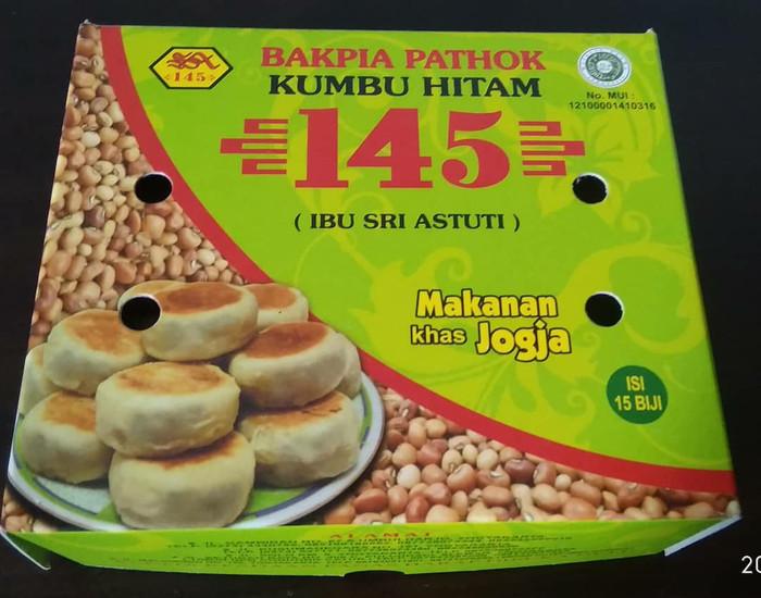 harga Bakpia pathok 145 kumbu hitam Tokopedia.com