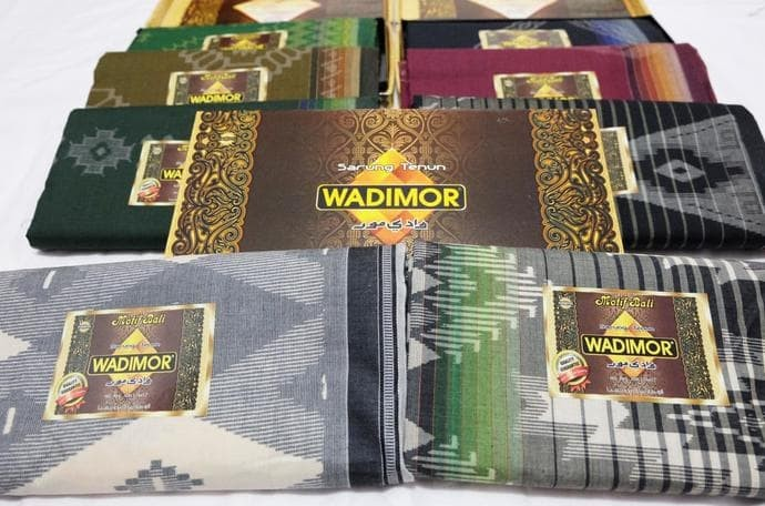 Katalog Sarung Tenun Wadimor Travelbon.com