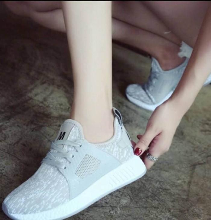 Sale Shoes E8e91 Sepatu Wanita Adidas Nmd Xr1 White Grey Lokal Import R6a1 5e3cacf225