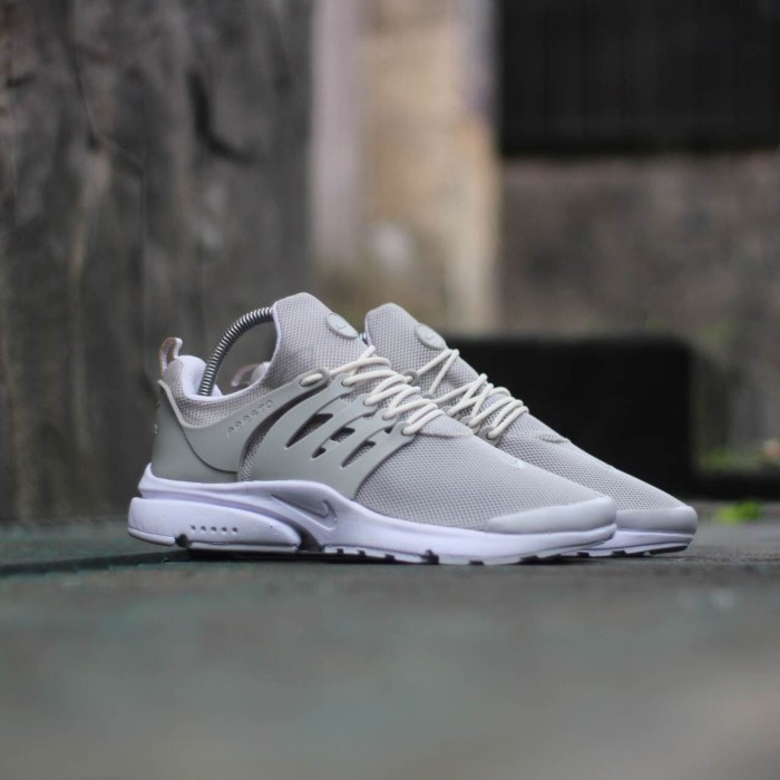 Sepatu Sneakers Casual Running Nike Air Presto Cream Men Cowok Pria -  Cream 1f79e7bad7