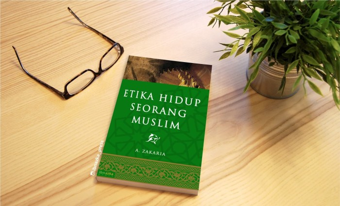harga Buku etika hidup seorang muslim - buku karya aceng zakaria Tokopedia.com
