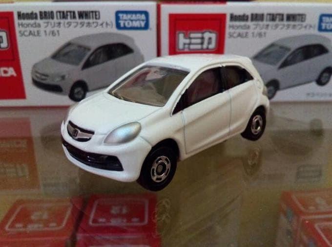harga Tomica diecast miniatur mobil honda brio tafta white harga murah Tokopedia.com