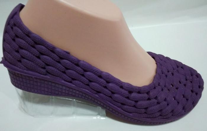 harga Jelly shoes wedges h3cm korea motif kacang Tokopedia.com