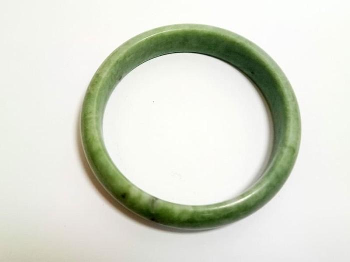harga Vee gelang tangan pria wanita batu giok hijau kembang susu asli burma Tokopedia.com