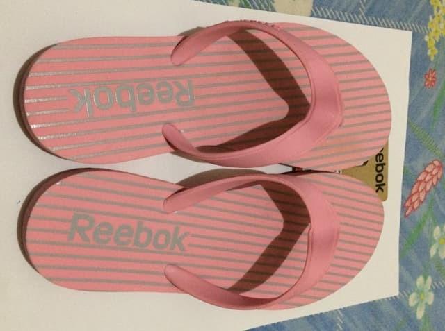 harga Sandal reebok stripes flip ii lp pink original Tokopedia.com