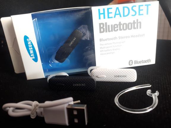 harga Headseat handsfree earphone bluetooth samsung Tokopedia.com
