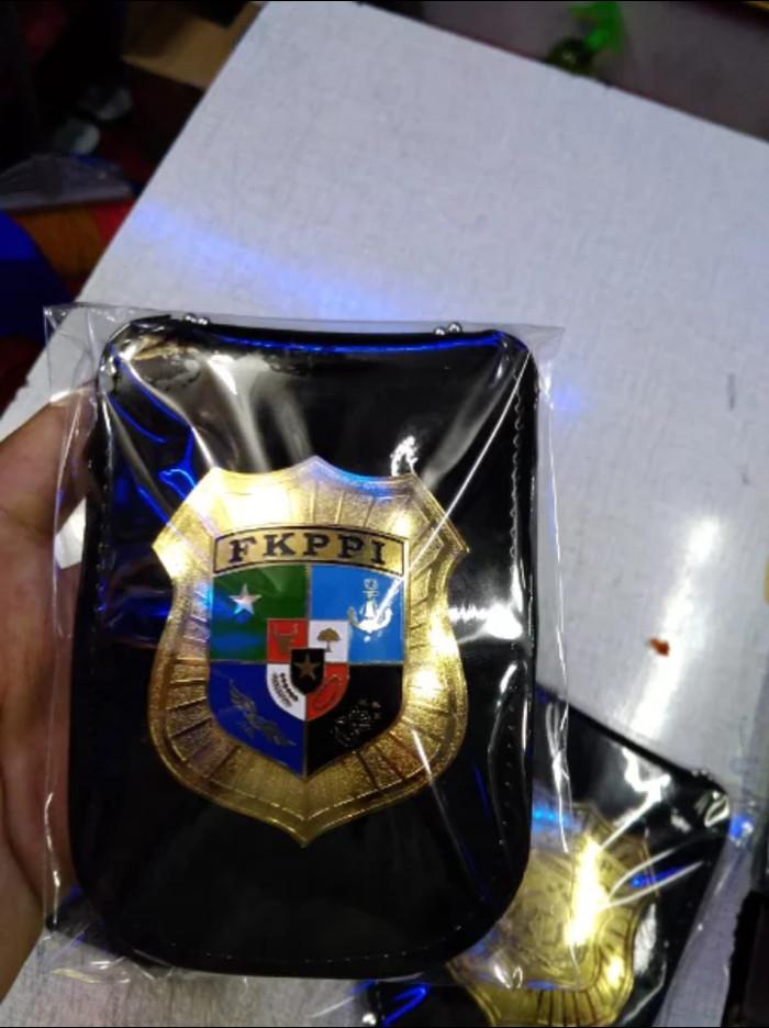 harga Name tag id card dompet kalung lencana kta fkppi kulit bagus Tokopedia.com