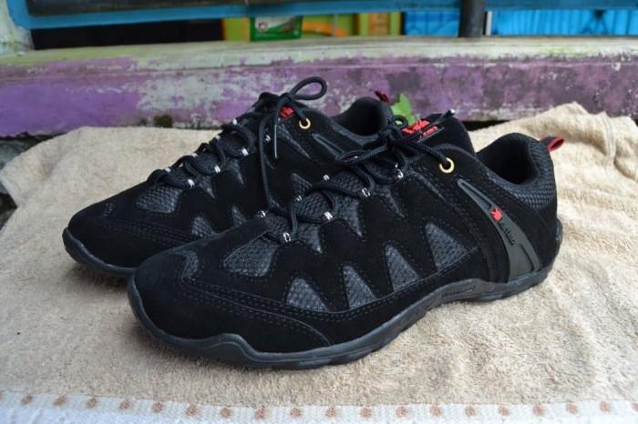Jual sepatu karrimor sepatu sepeda sepatu gunung sepatu tracking ... e2d5249183