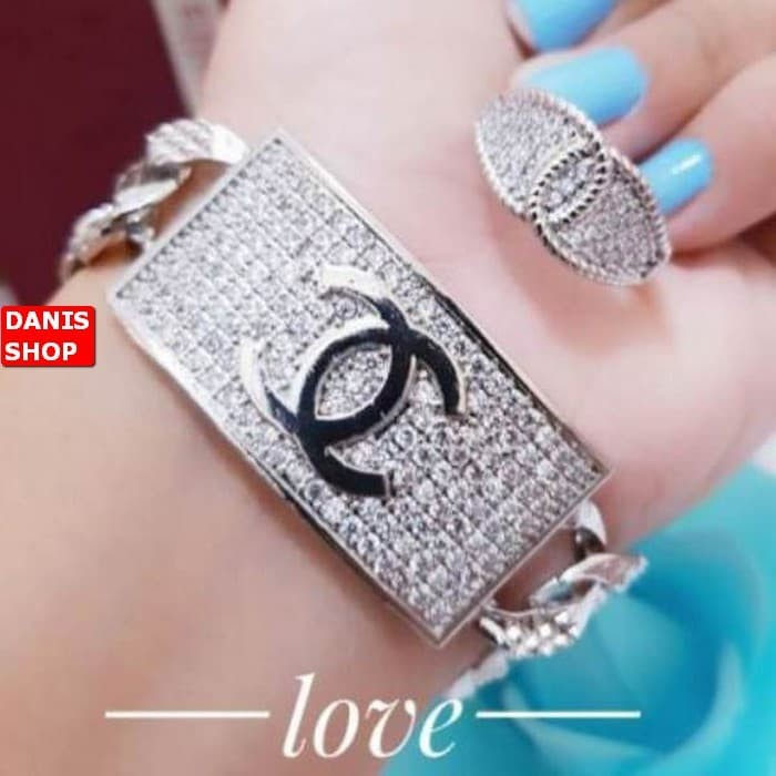 TERLARIS MINGGU INI Gelang tangan plat chanel plus cincin