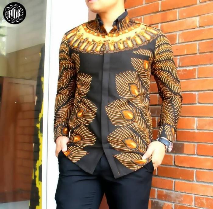 harga Kemeja hem baju batik pria lengan panjang bulu merak Tokopedia.com
