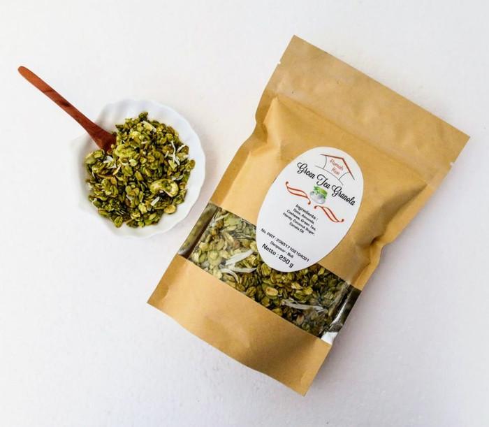 Granola green tea makanan sehat kaya serat