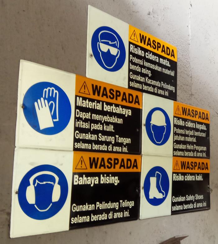 Jual Rambu K3 Rambu Alat Pelindung Diri Apd Uk 60 X 40 Cm Kota Bogor Javakreatifindocemerlang Tokopedia