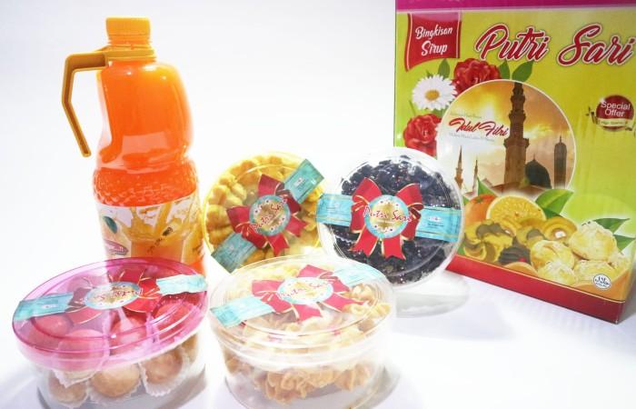 harga Paket kue kering special lebaran murah pasti enak edisi kue dan sirup Tokopedia.com