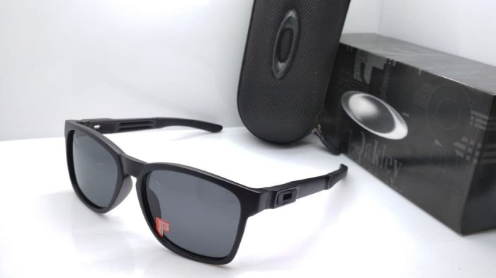 ... harga Kacamata oakley catalyst black kacamata pria polarized murah  keren Tokopedia.com aead291ae2