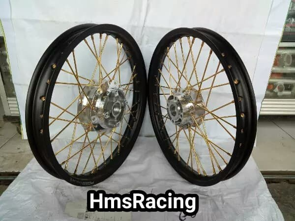 Jual Sepaket Velg Rossi Ring 17 Motor Supra 125 Kharisma Revo Abs