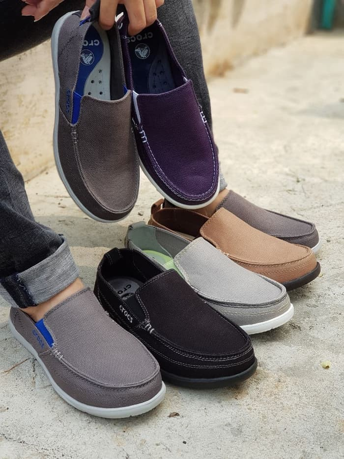 Jual sepatu crocs walu men pria slip on cek harga di PriceArea.com 54fa27e57d