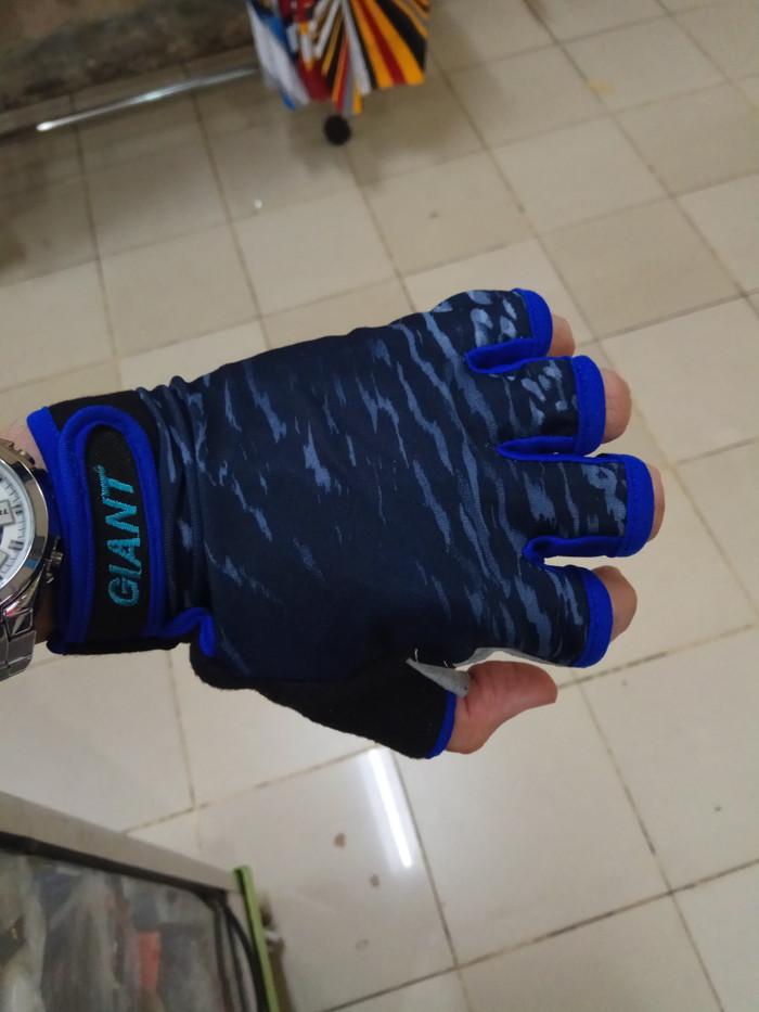 harga Sarung tangan giant hitam biru Tokopedia.com
