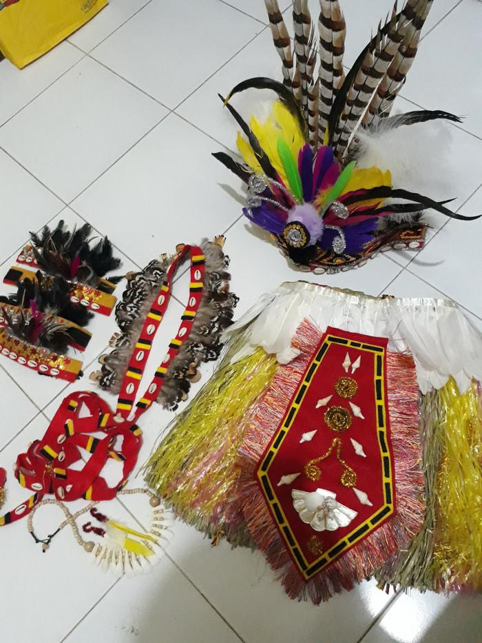 Jual Baju Adat Papua Kostum Papua Pakaian Adat Papua Glamour Jakarta Barat Beadscorner Tokopedia
