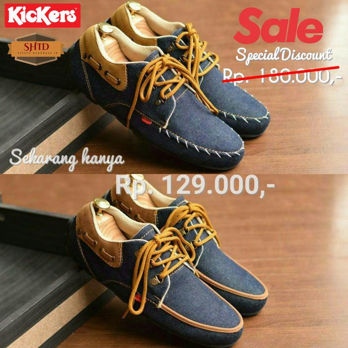 ... harga Sale diskon obral sepatu casual kickers denim cowok pria  Tokopedia.com b6c48873ea