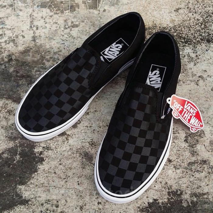 Vans slip on classic checkerboard black black original harga ... 587bc30d28
