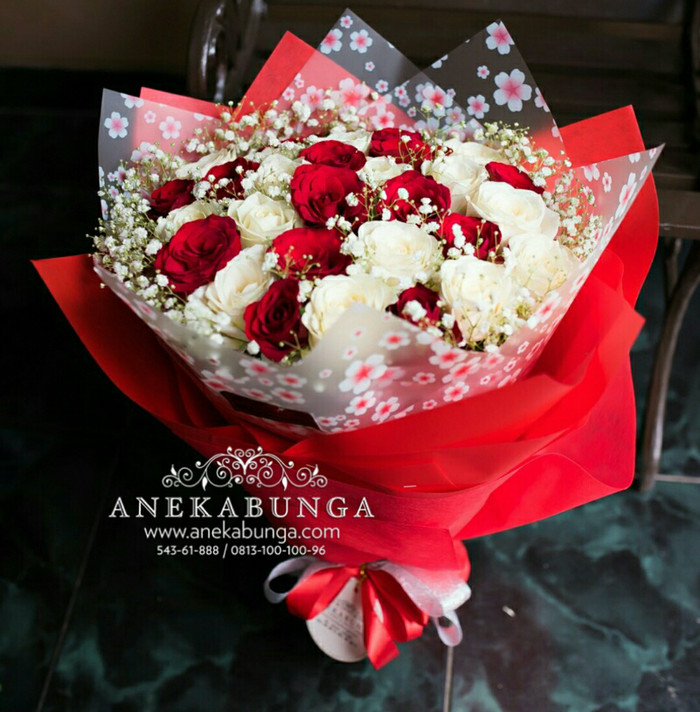 Buket Bunga Mawar Asli Fresh Rose Bouquet Flower souvenir pernikahan c93d4d5bfc