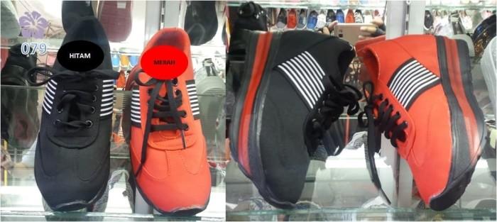 Jual Sepatu Sneakers Wedges Wanita Kinvol Hitam Merah BS - Merah 8c120b8ef1