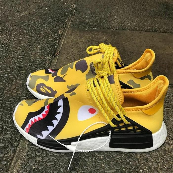 Adidas Nmd Human Race R1 X Pharrell Williams X Bape Yellow Shark Camo d9f234ffa