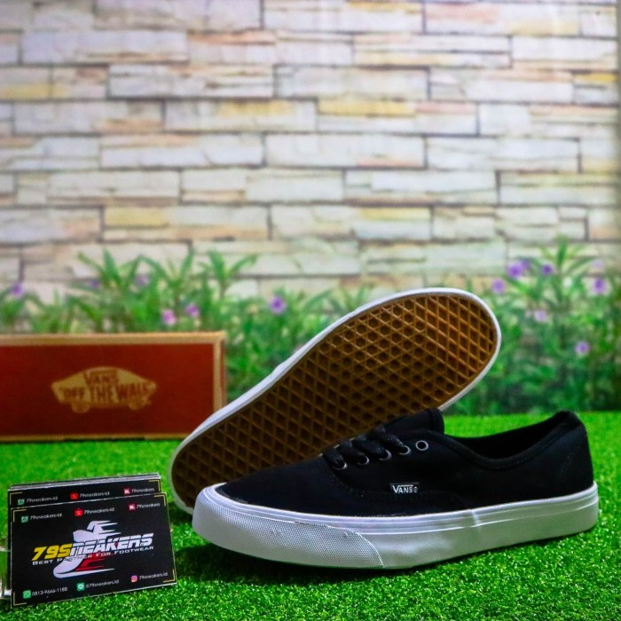 Jual sepatu vans authentic man cek harga di PriceArea.com 72393cab47