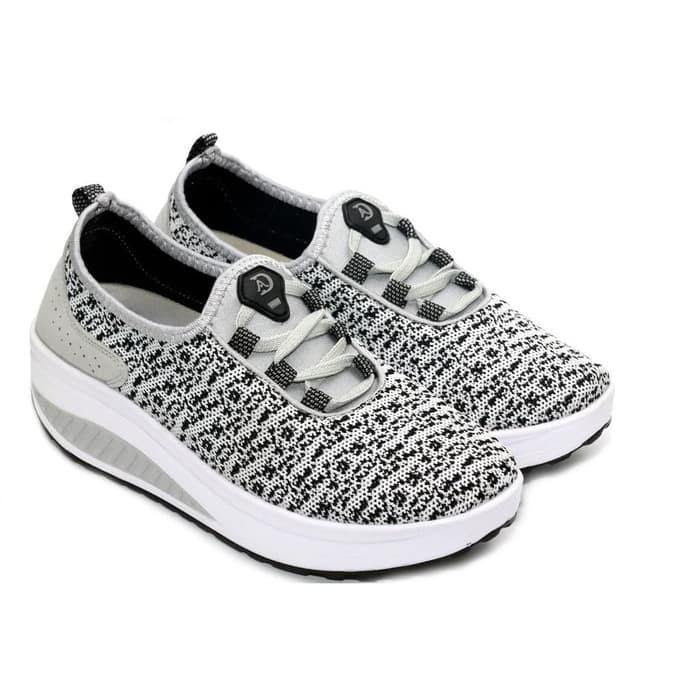 Promo ! sneakers wanita - sneakers import - sepatu casual korea