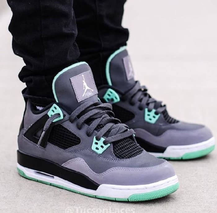 Jual Sepatu Nike Air Jordan Retro 4 Green Glow Premium Original ... c1be53afda