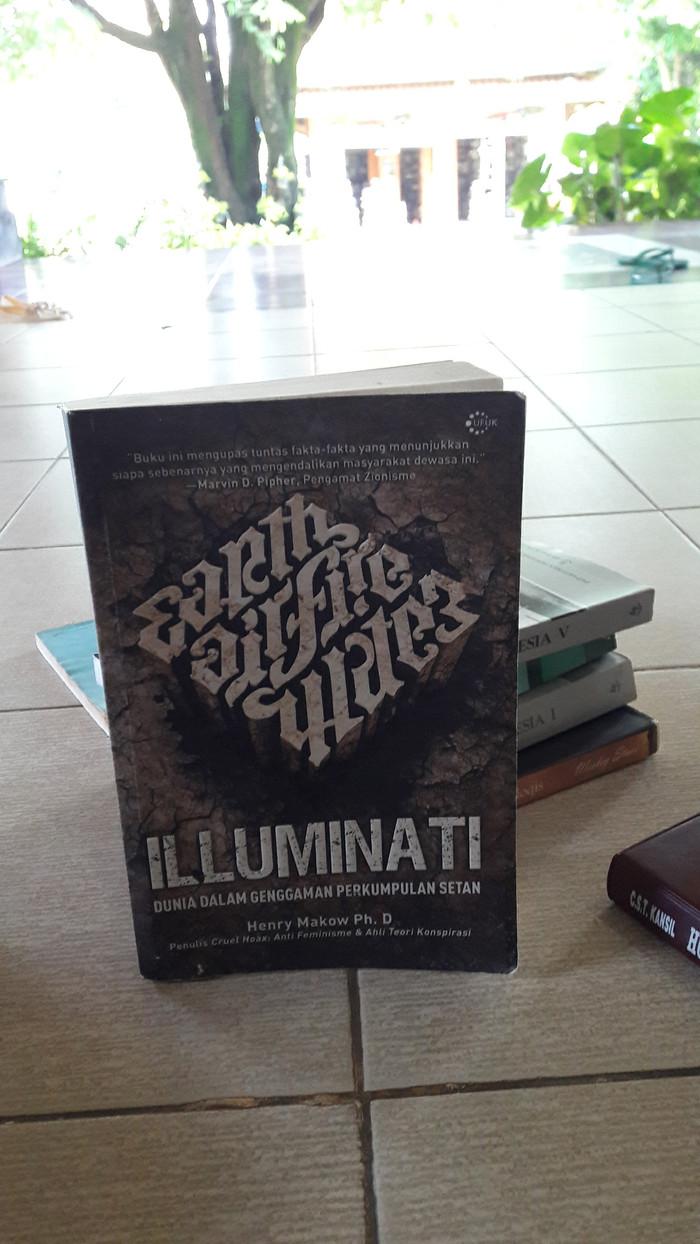 Jual ILLUMINATI DUNIA DALAM GENGGAMAN PERKUMPULAN SETAN Jakarta Timur Buku Desa Seni Tmii