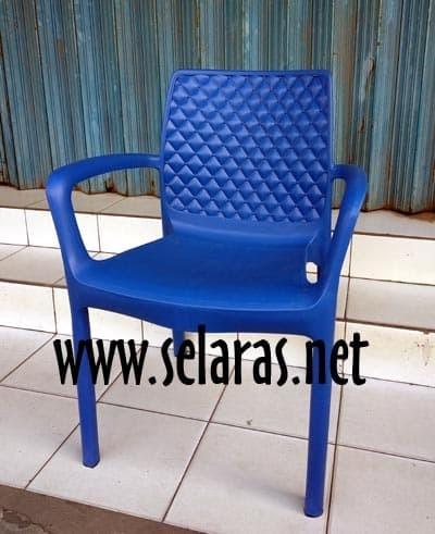 harga Kursi teras/ kursi taman/ kursi cafe plastik olymplast 501s biru Tokopedia.com