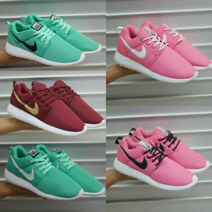 ... harga Nike roshe run high quality size 36 - 43 sepatu wanita dan pria  sports Tokopedia 47adc85f3f