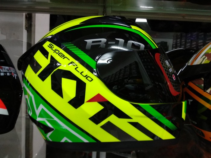 8e8cb25c Jual kyt r10 + free sticker visor set - Kab. Karawang - putra mitra ...