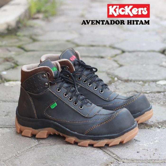 Sepatu Safety Boots Pria Hiking Gunung Terlaris Kickers Aventador - Cokelat  Tua 63d3896514
