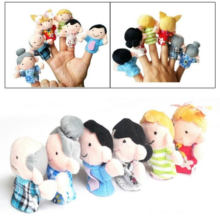 Set boneka jari orang manusia keluarga family finger puppet mainan 441405b8e5