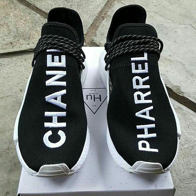 2665c0871f63f Jual Sepatu Adidas NMD Human Race x Chanel x Pharrell Williams ...