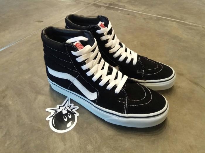52c4326943 Jual Sepatu Vans Sk 8 Hi Classic Bw BNIB Atau BNWT - Sepatuku Shoes ...