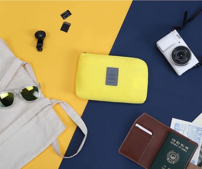 Cable Pouch Multifungsi Dompet Kabel Hp tas kosmetik dompet gadget - Merah Muda