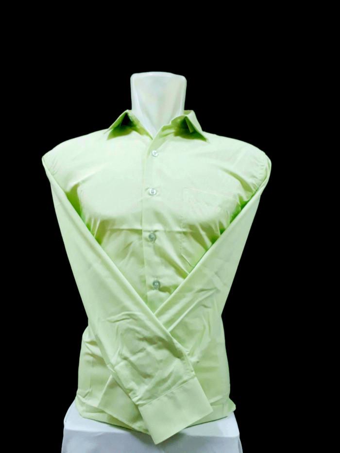 Foto Produk kemeja pria hijau muda polos lengan panjang dari juara busana