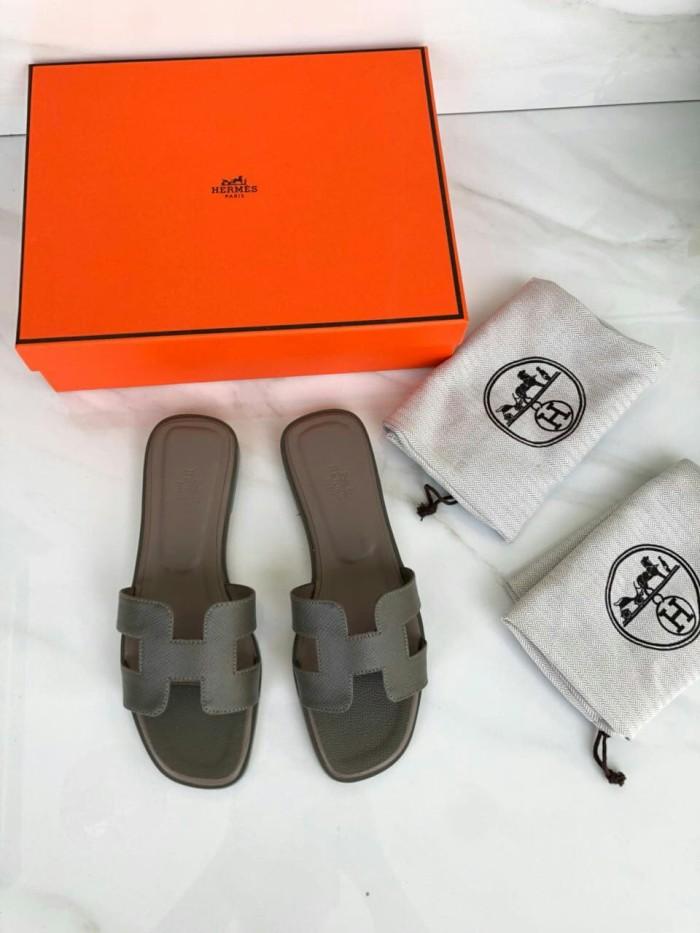 Jual Sandal Hermes Oran Epsom Mirror Quality Size   35-40 Grey ... d5f45f7645