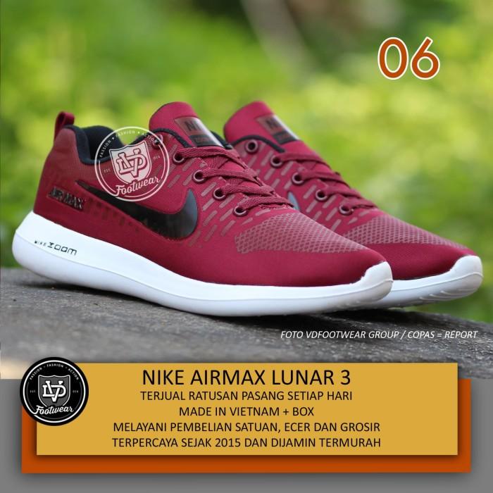 Jual Sepatu Olahraga Pria Terbaru - Sepatu Running Nike Go Original ... 598f7f3d54