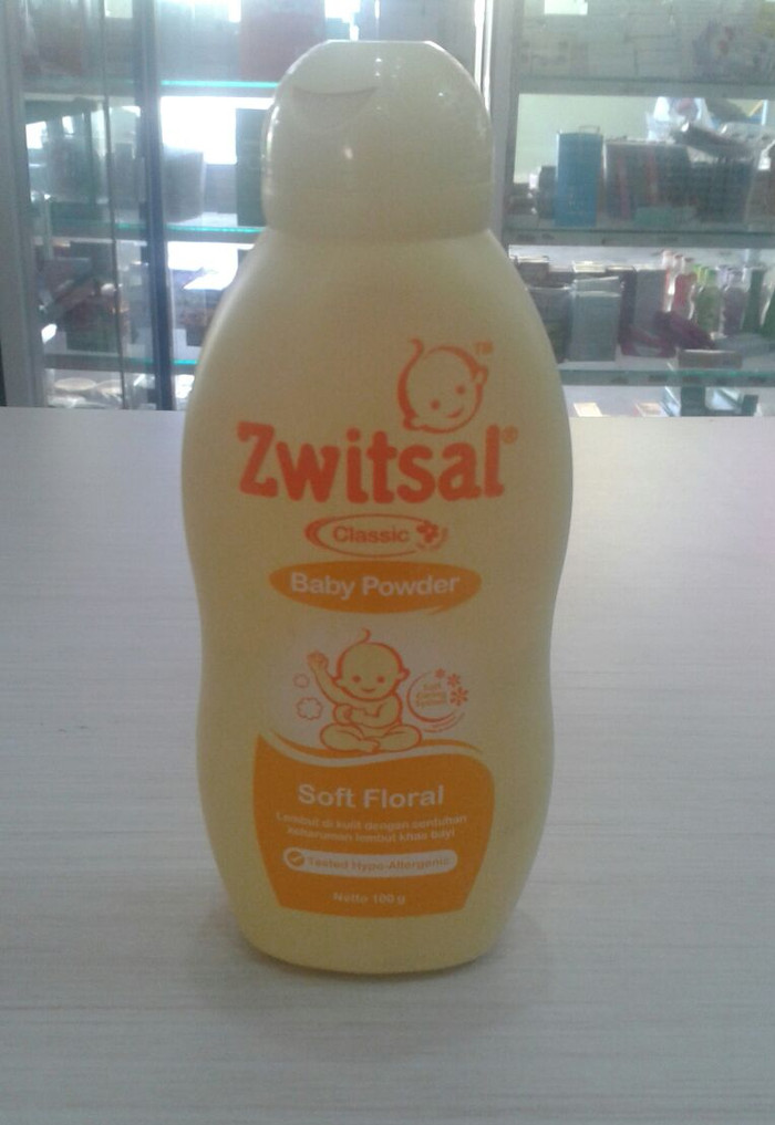 Zwitsal Baby Powder Soft Floral 100 gr