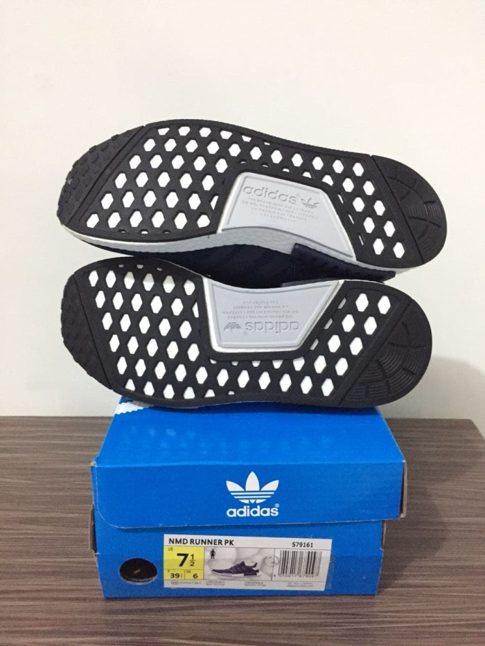 9f2ed4773bb7a Jual sepatu running adidas nmd navy white - Kota Batam - RyzkiSport ...