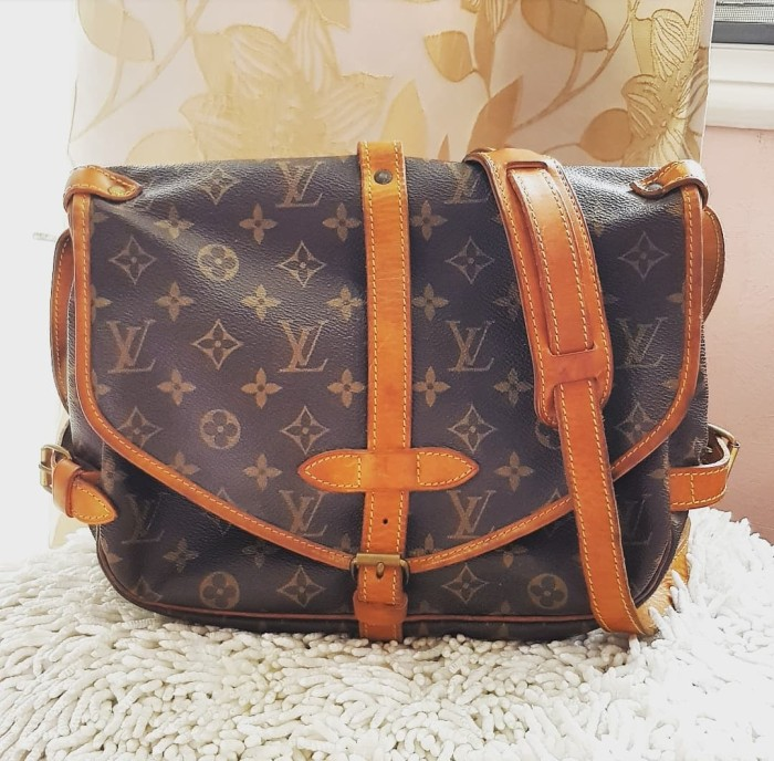 0b3013226aab Jual 100% AUTHENTIC LOUIS VUITTON LV Handbag SAUMUR PM ( Preloved ...