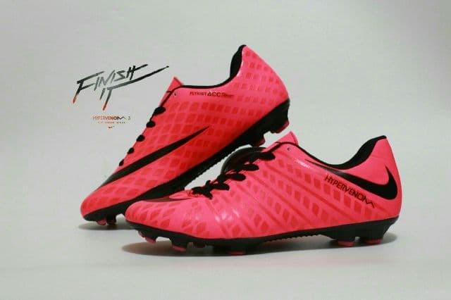 buy online cee5a 4258b Jual sepatu sepak bola pria nike hypervenom pink hitam - Kota Bandung -  Anvan Gallery Shoes | Tokopedia