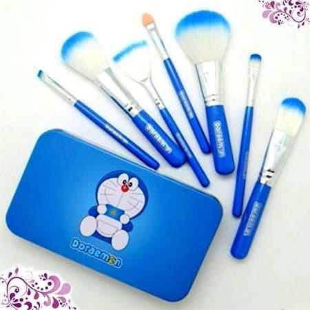 ... Kuas Makeup Doraemon Brush Kit Kaleng 7in1